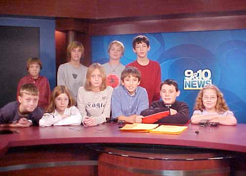 On December 5th The Onekama Middle School Broadcasting Class Loaded A Bus To Travel Channel 9 10 News Station In Cadillac Michigan